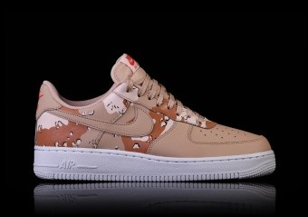 NIKE AIR FORCE 1 '07 LV8 SAHARA CAMO