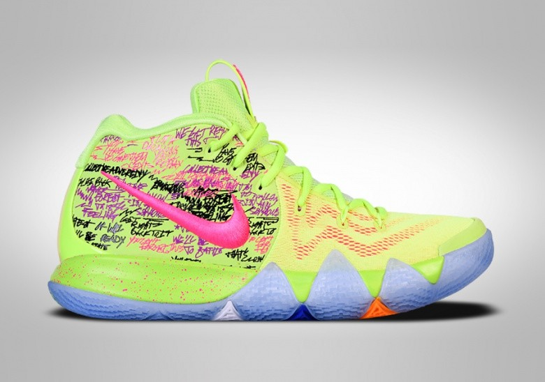 the latest b2648 6a374 NIKE KYRIE 4 CONFETTI LIMITED EDITION pour €275,00 ...
