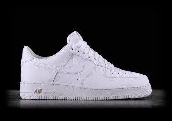 huge selection of e96af 6799e NIKE AIR FORCE 1  07 WHITE