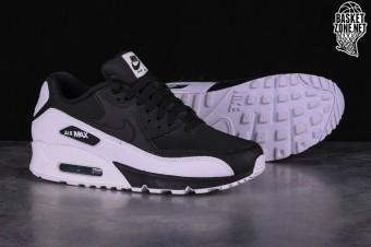 Nike Air Max 90 Essential Oreo Men BlackWhite 537384 082
