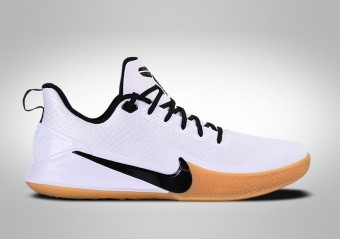 9b4d69bb9b8c BASKETBALL SHOES. NIKE KOBE ...